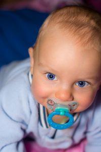 skal din baby slutte med smokk?